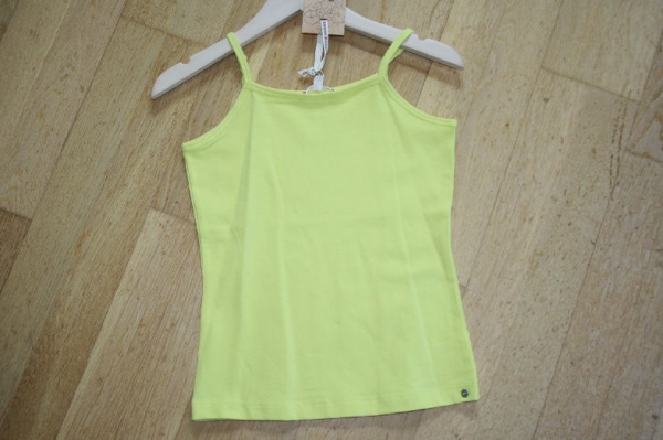 NONO early spring basic Top limelight